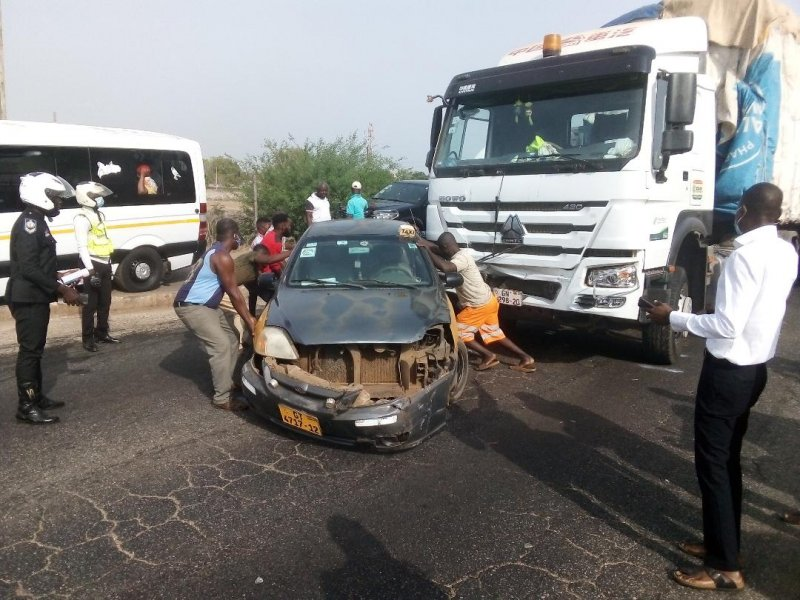 Four vehicles involved in an accident at Tema